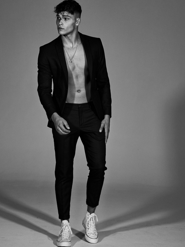 Will De Vries   Portfolio   FiveTwenty Model Management