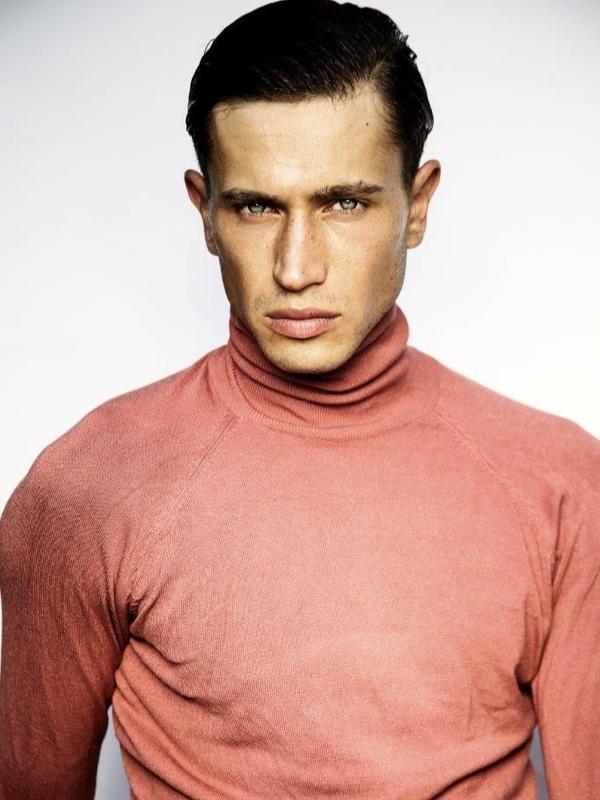 Victor Gorincioi   Portfolio   FiveTwenty Model Management