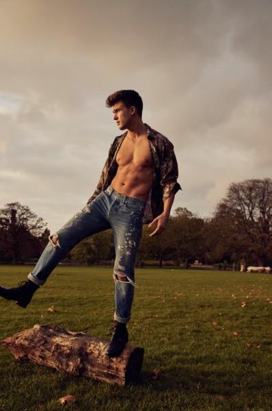 Niclas Gonzales   Portfolio   FiveTwenty Model Management