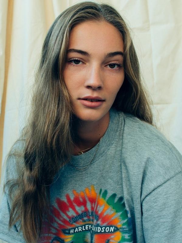 Olivia Dent | Portfolio | FiveTwenty Model Management