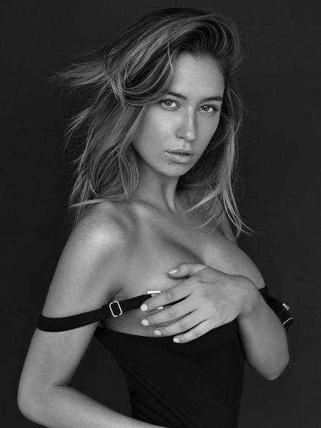 Elsie Hewitt | Portfolio | FiveTwenty Model Management