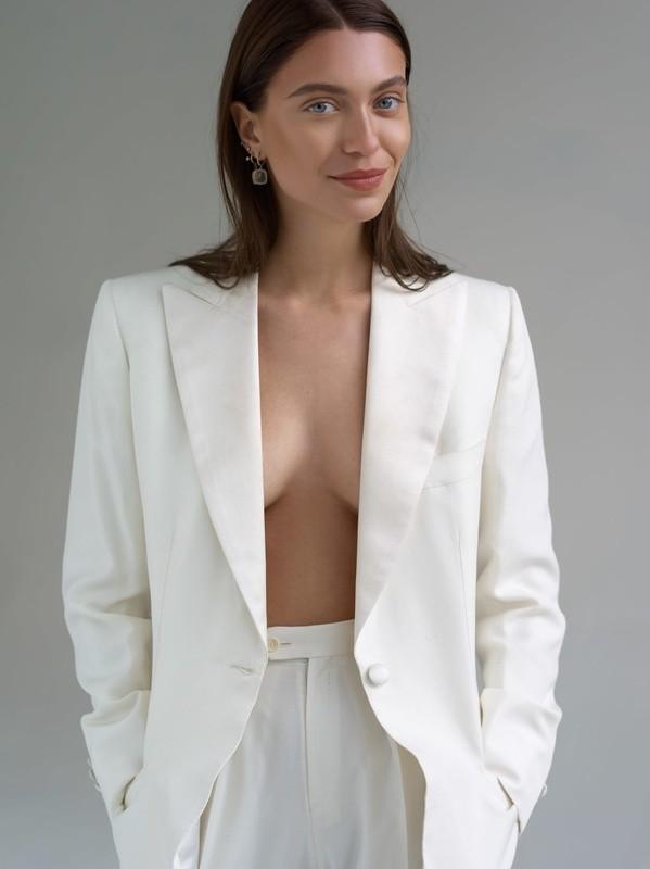 Heloise Agostinelli | Portfolio | FiveTwenty Model Management
