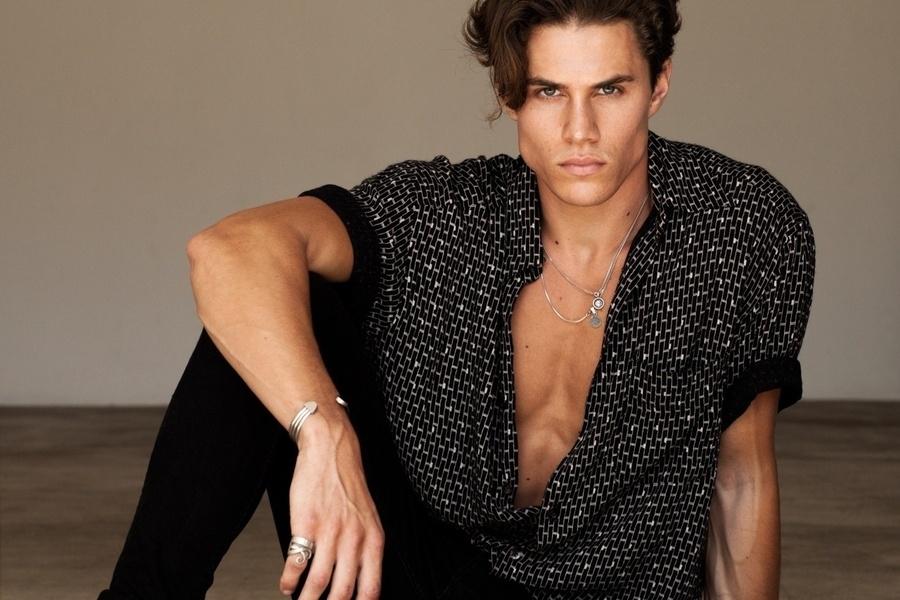 Reagan Buckley   Portfolio   FiveTwenty Model Management