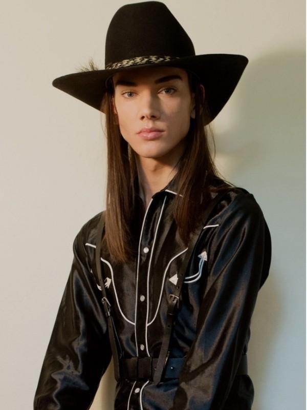 Curtis Hodgson | Portfolio | FiveTwenty Model Management