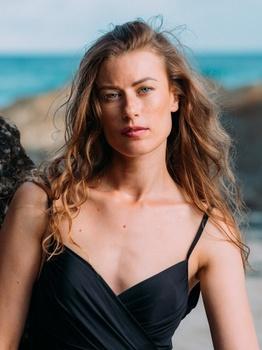 Yulia B