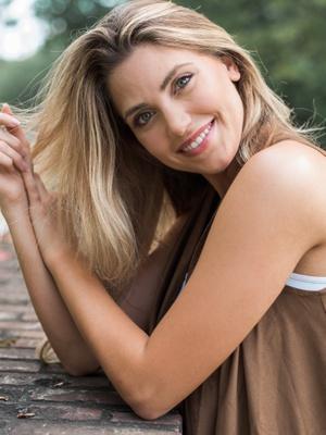 Nicolette S