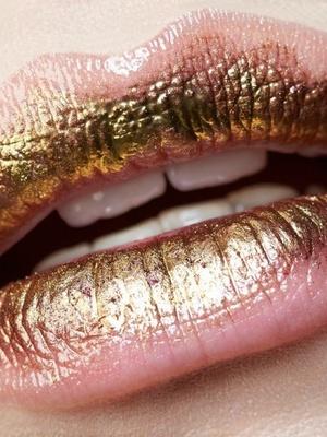 Tina - Lips