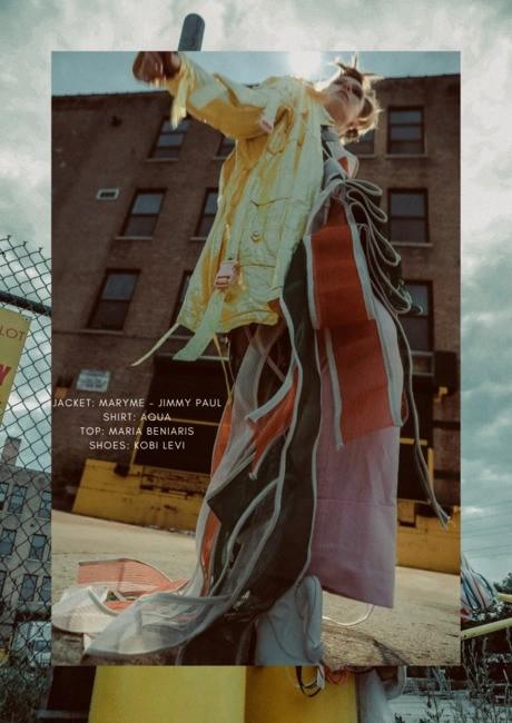 33 Magazine | PH: Bartlomiej Kurela | MU: Kelly Schubel | Hair: RJ Stell | Stylist: Christina Maybin