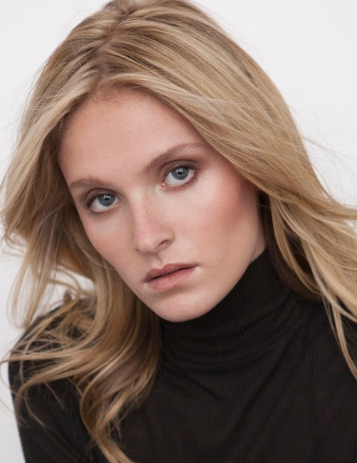 PH: Karl Rothenberger   Model :Lydia Sutter
