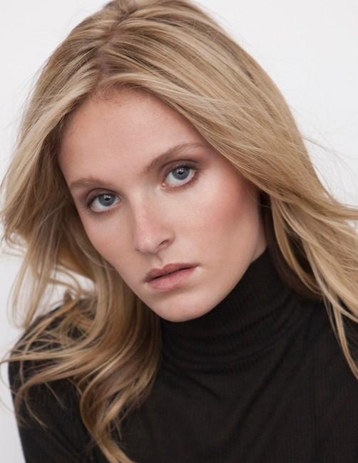 PH: Karl Rothenberger | Model :Lydia Sutter