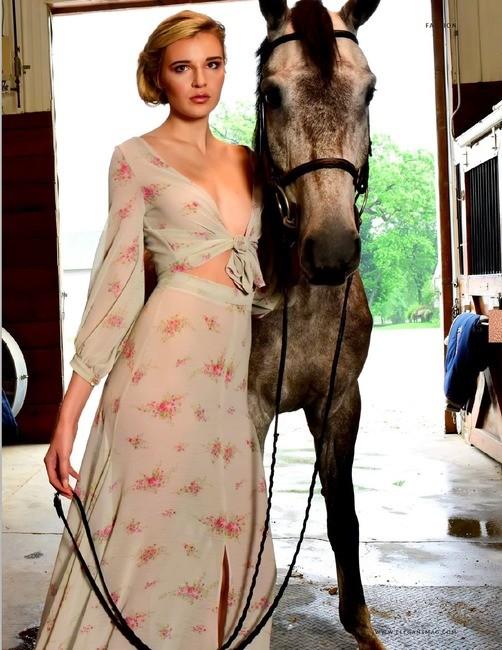 Elegant Magazine   PH: Lori Sapio   Styling: Luquin Studios