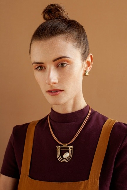 Lindsay Lewis Jewelry   PH: Sophie Goodwin