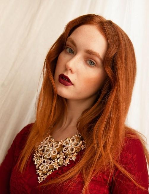 Ph: Courtney Blackett Mua:Ashley Zimel Hair: Igor knzi Stylist:Kat Catalina