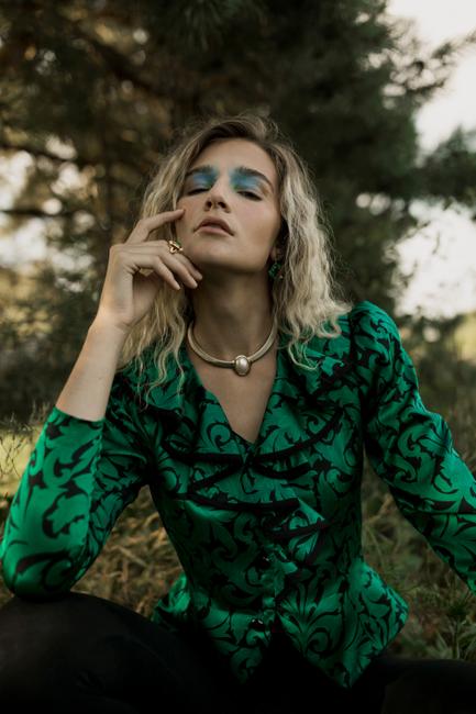 Elegant Magazine | PH/Stylist/Hair: Ashley Gallerani | MU: Jasmin Inez