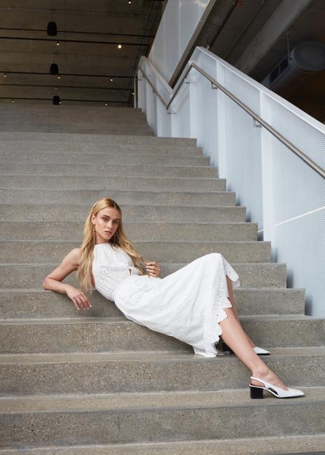 PH: Leo Haoxin   HMU: Celena San Juan   Stylist: Deonna Bolden