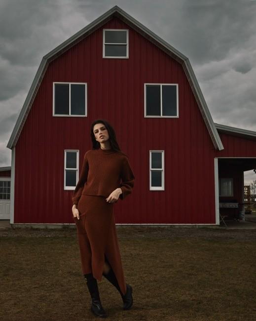 PH: Chelsea Marrin   HMU: Heather Busulovich