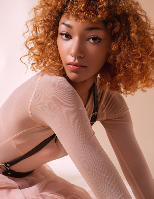 PH: Colleen Carney | HMU: Tanya Renelt | Styling: Alaina Russell | Model: Riah Cole