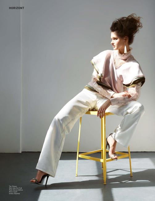 Horizont Magazine | PH: Anna Fischer | Hair: Benjamin Josh Tandre | MU: Allyson Wisel | Stylist: Sye