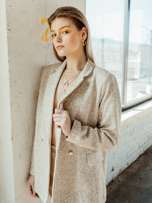 PH: Jamie Colette | HMU: Ariane Victoria | Styling: Darneisha Miller | Model: Elayna