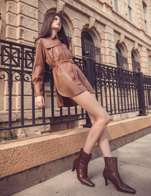 PH: Andrew Atwell | HMU: Denisha Combs | Stylist: Ashley Cherney | Model: Natalie D