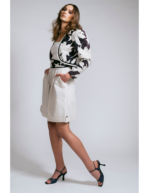 PH: Colleen Carney   HMU: Shalisa Smith   Model: Maja P
