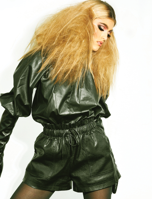 MALVIE Magazine   PH/Stylist: Kari Thompson   MUA: Lori Boykin   Hair: Jules Ellington
