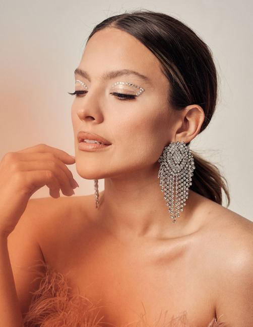 PH: Paulo Juarez | Makeup and Hair: Alyssa Cruz