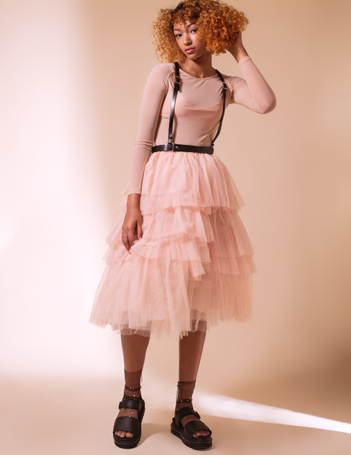 PH: Colleen Carney | HMU: Tanya Renelt | Stylist: Alaina Russell