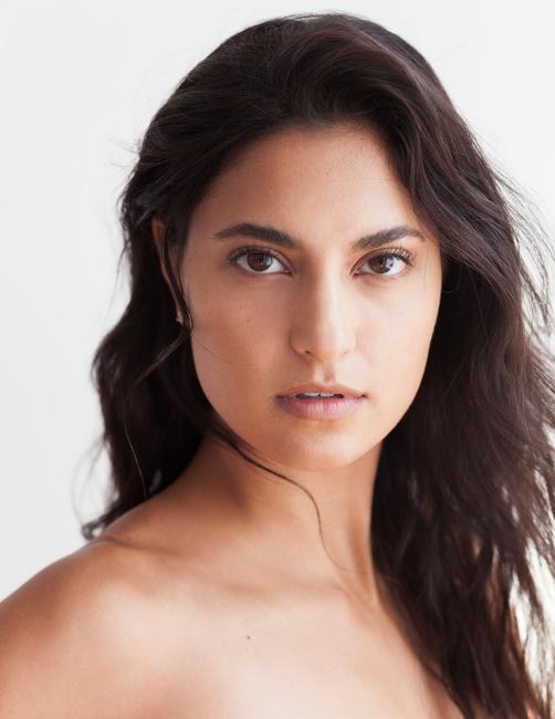 PH: Jennee Johnson | HMU: Celena San Juan