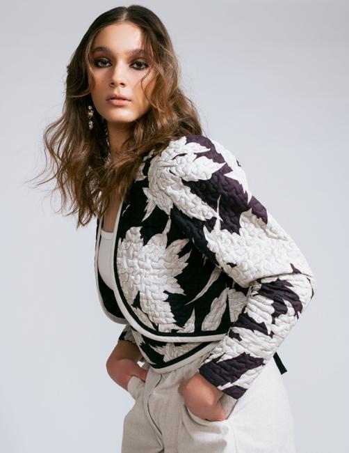 PH: Colleen Carney | HMUA: Shalisa Smith | Stylist: Alaina Russell