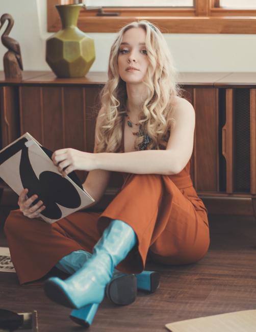 PH: Andrew Atwell   Stylist: Ashley Cherney   Model: Emilija Dekskys