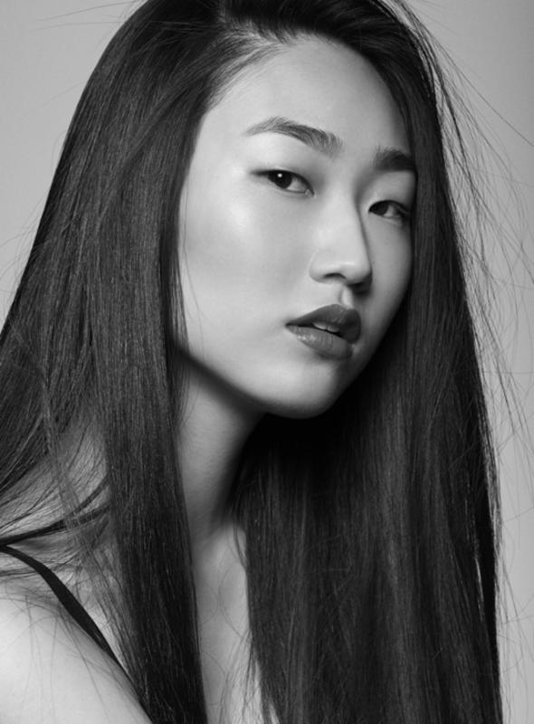 Yunji Kang