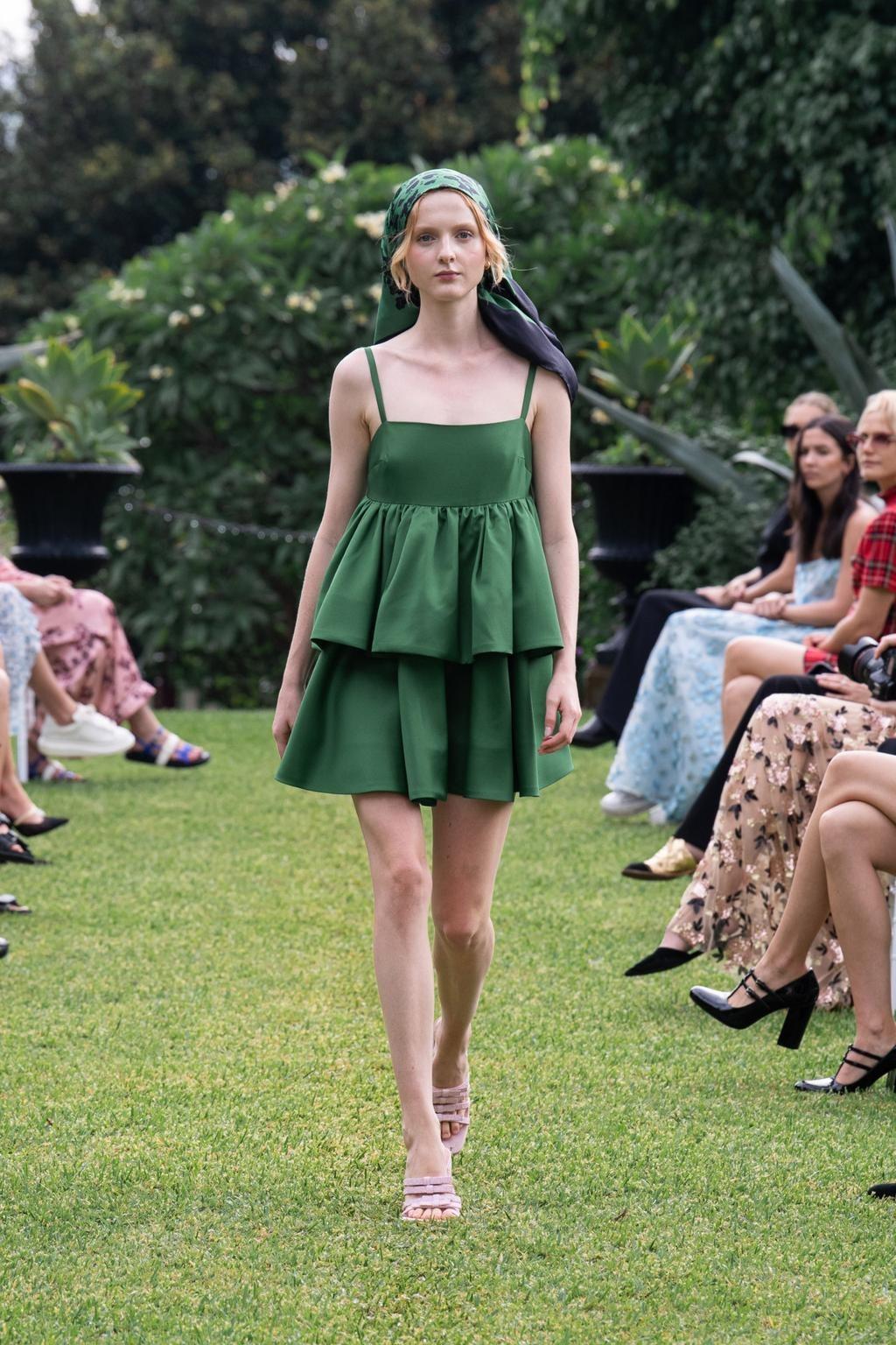Madison Stubbington walks for Macgraw at Australian Fashion Week   Pride Models news