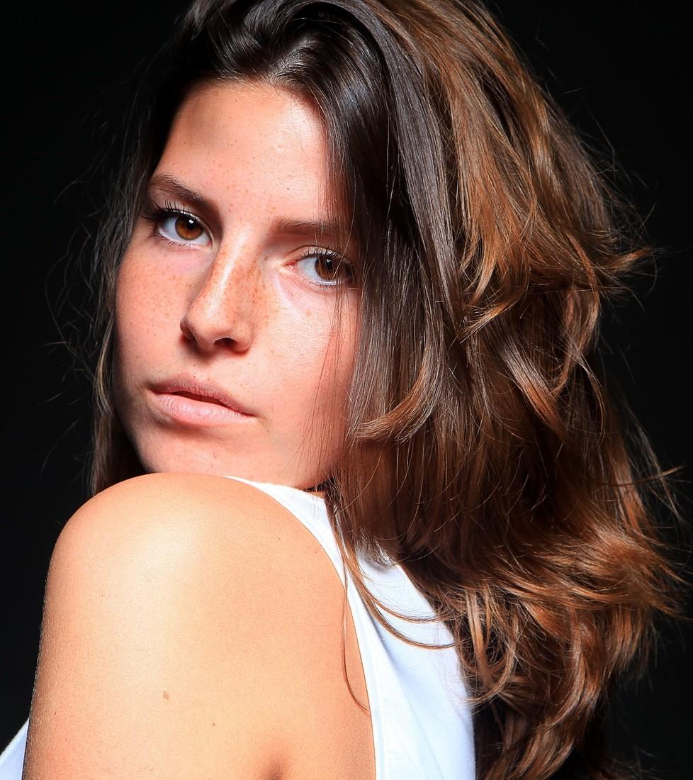 Elisa  M