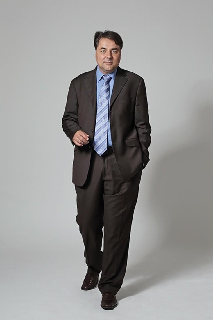 Stephane R