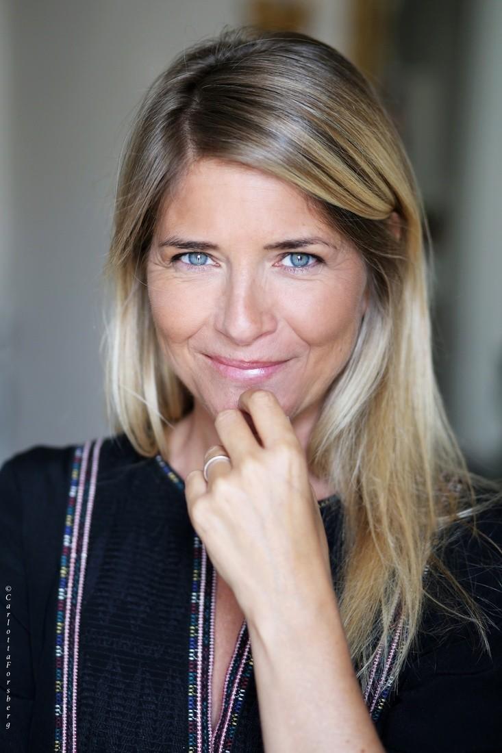 Samantha V