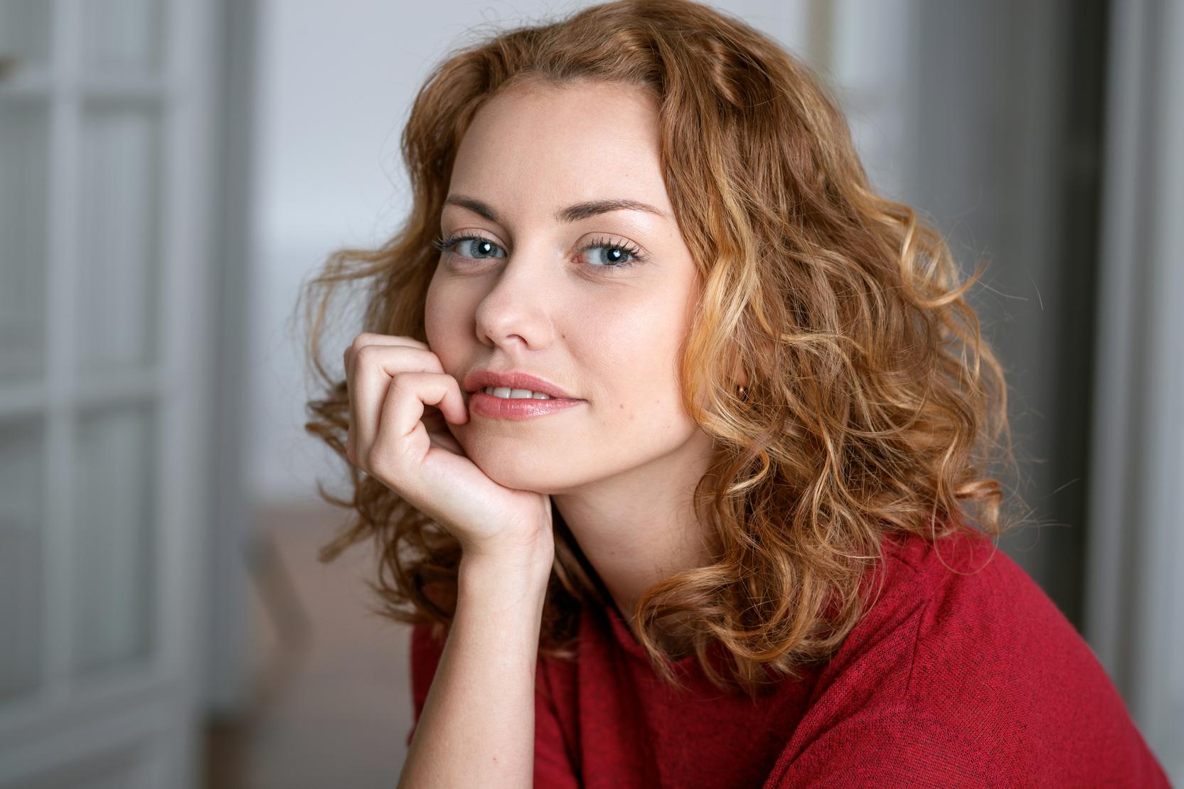 Elena L