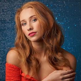Laura R