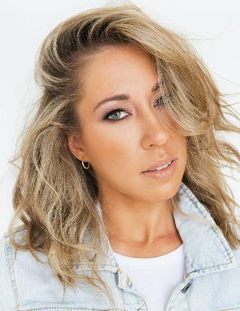 Nicole S