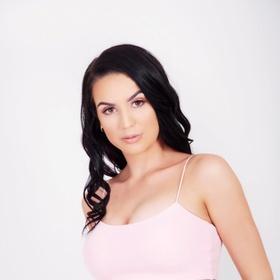 Alex-Izabella M