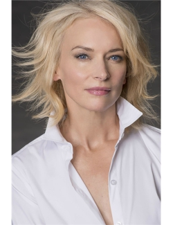 Carolyn  Van Petten