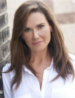 Diane  Leoni