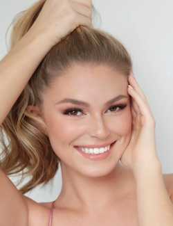 Jaclyn Davis