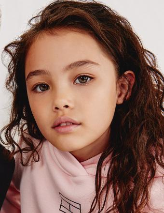 Chloe B