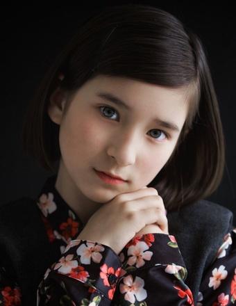 Elise B