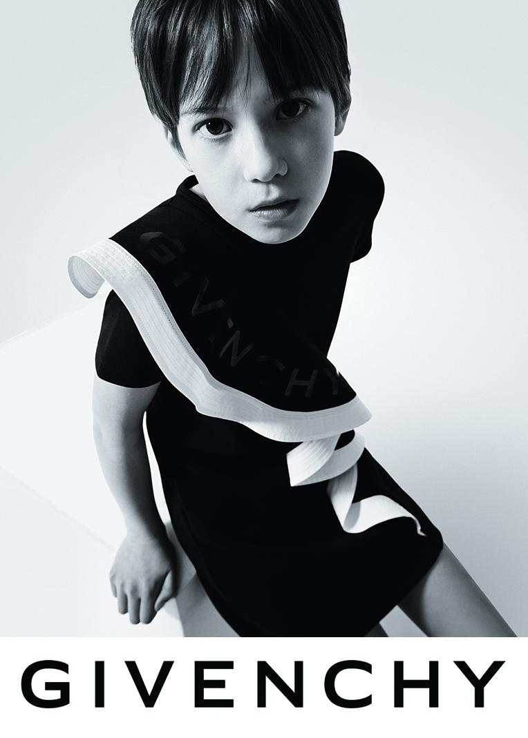 Givenchy Kids SS20