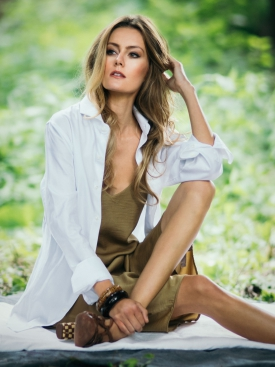 Jen Ublasi | Wardrobe Stylist