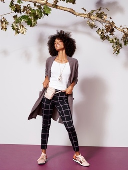 Amanda Wolfson | Prop/Off Figure Stylist