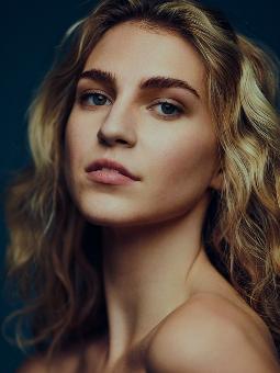 Sophie Barnes