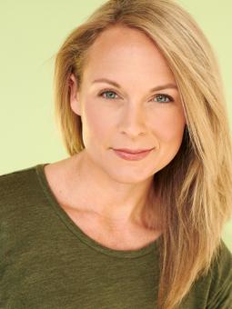 Julie Eplett